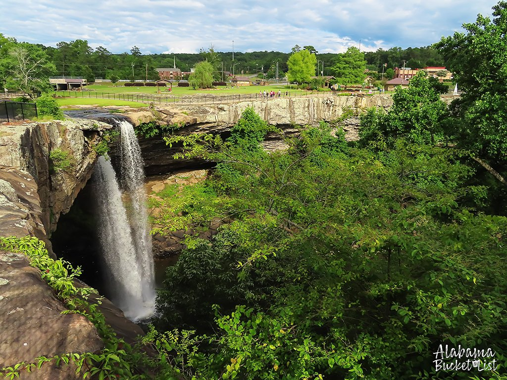 Visiting Noccalula Falls in Alabama is definitely a highlight attraction. You can hike, swim, camp, play mini-golf, and so much more! #noccalulafalls #noccalula #alabama #waterfalls #waterfall #southeast #visitalabama #destinations #usa #travel