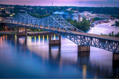 Small towns in Alabama have just as much to explore as their big city counterparts! #small #towns #alabama #tourism #vacation #explore #hidden #gems #eufaula #cullman