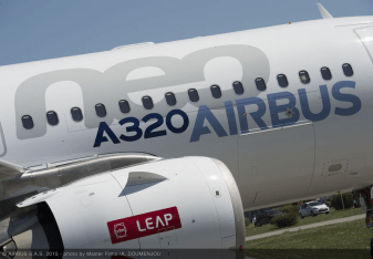 A320neo_CFM_engine_roll_out_1