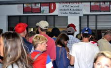 Legion Field concession stands were packed throughout the day with soccer fans. (Solomon Crenshaw Jr./Alabama NewsCenter)