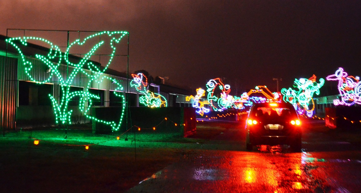 Scenes from Shadrack's Christmas Wonderland operating through January 3  next to the Birmingham Race Course. - Still Time To Enjoy Some Birmingham Drive-through Christmas Lights
