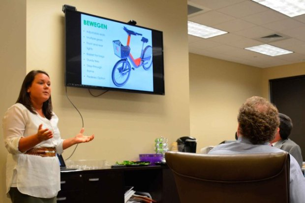 Zyp director Lindsey West speaks to a planning committee about possibly extending the bikeshare program into Homewood. (Sydney Cromwell/The Homewood Star)