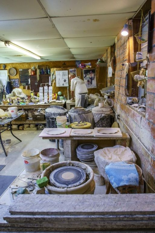 Tom Jones at work in his studio. (Mark Sandlin/Alabama NewsCenter)