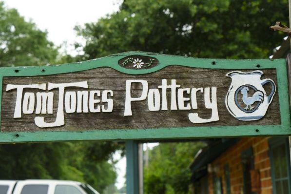 Tom Jones Pottery is located in Fairhope. (Mark Sandlin/Alabama NewsCenter)