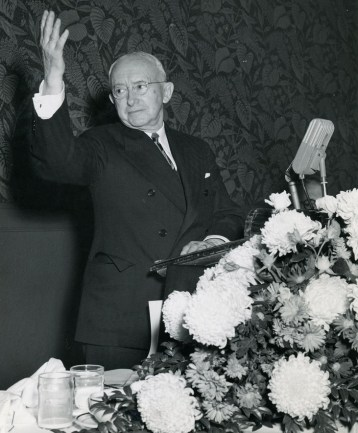 Southern Research founder and Alabama Power chief Tom Martin at a luncheon at the Thomas Jefferson Hotel in Birmingham on Nov. 2, 1950. (Southern Research)