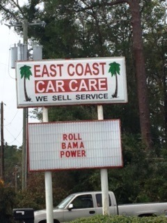 Alabama Power crews get some thanks and encouragement from a Georgia business after Hurricane Matthew. (Contributed)