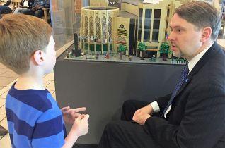Eli (left) was thrilled to meet Higgins. (Donna Cope / Alabama NewsCenter)