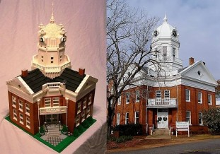 The mini Monroe County Courthouse, next to the original. (Wesley Higgins)