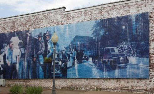 "Historic mural in Monroeville depicting the Harper Lee novel ""To Kill a Mockingbird,"" 2010. (The George F. Landegger Collection of Alabama Photographs in Carol M. Highsmith's America, Library of Congress, Prints and Photographs Division)"