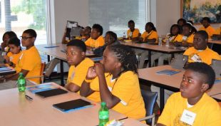 Hobbs Elementary School students listen intently. (Donna Cope/Alabama NewsCenter)
