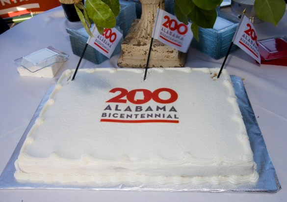 A cake with the Alabama 200 logo denotes the Alabama Bicentennial kickoff. (Keth Necaise)