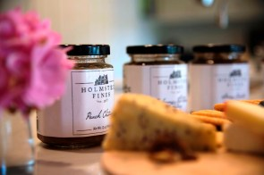 Homested Fines chutney comes in an assortment of flavors. (Brittany Faush-Johnson / Alabama NewsCenter)