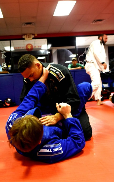 Eryk Anders trains for his next fight at Spartan Fitness in Homewood. (Solomon Crenshaw Jr. / Alabama NewsCenter)