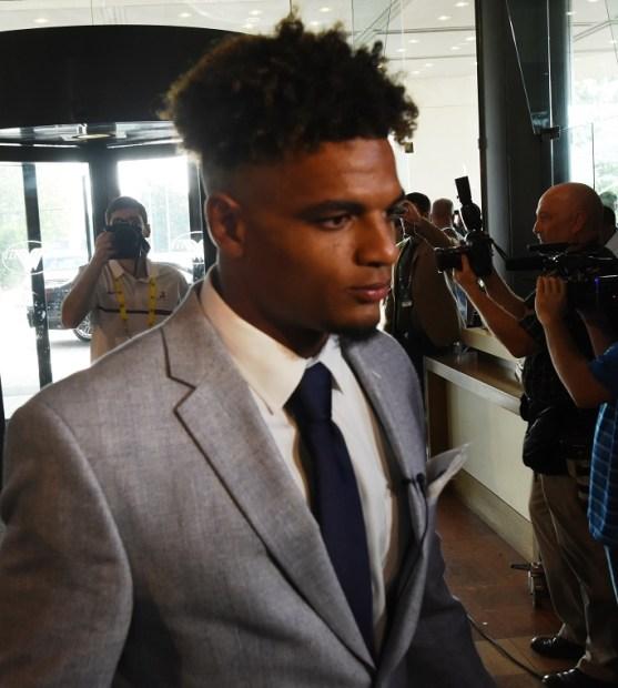 Minkah Fitzpatrick makes his entrance at SEC Media Days. (Solomon Crenshaw Jr. / Alabama NewsCenter)