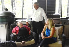 Fuller Goldsmith with his supportive parents, Scott and Melissa. (Karim Shamsi-Basha / Alabama NewsCenter)