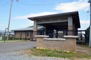 The entry gate to the Mt. Meigs campus of the Alabama Department of Youth Services. (Anne Kristoff / Alabama NewsCenter)