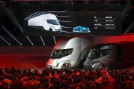 Tesla CEO Elon Musk unveils the new electric Semi commercial truck. (Tesla)