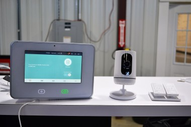 A Vivint security system. (Katie Bolton / Alabama NewsCenter)