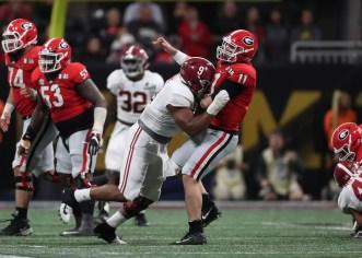Alabama defensive lineman Da'Shawn Hand (9) in the Tide's National Championship victory over Georgia. (Crimson Tide Photos)