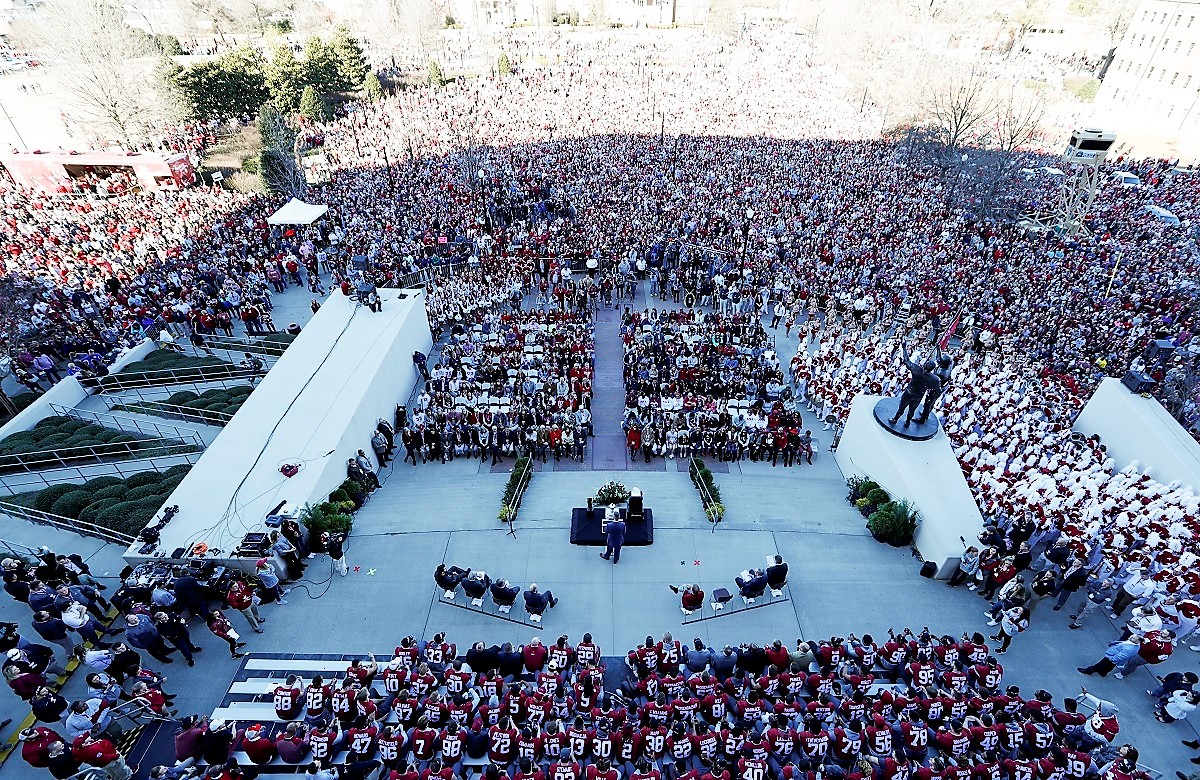 An estimated 40,000 fans turned out for the Alabama Crimson Tide national championship celebration. (Amelia B. Barton)