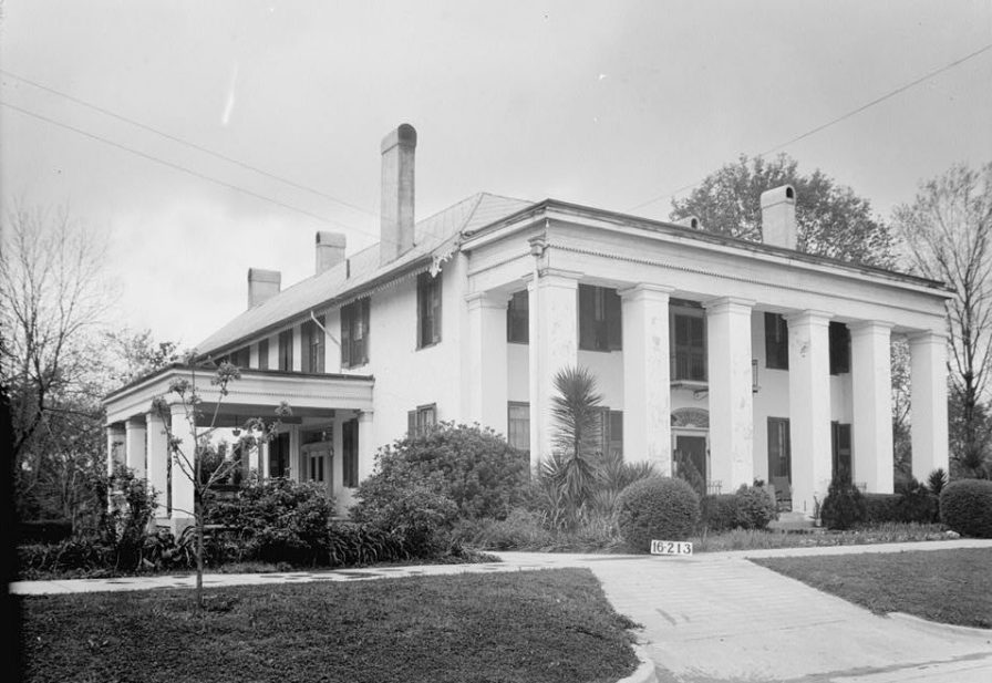 Bluff Hall, Demopolis, April 3, 1934. (Photograph by W.N. Manning, HABS, Library of Congress Prints and Photographs Division)