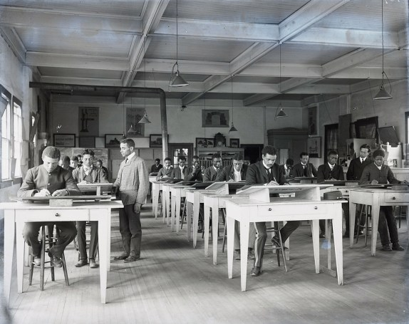 Mechanical drawing class at Tuskegee Institute, ca. 1902. (Photograph by Frances Benjamin Johnston, Library of Congress Prints and Photographs Division)