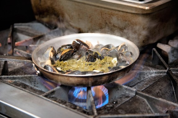 Chef Duane Nutter specializes in familiar foods with an unexpected twist. (Brittany Faush / Alabama NewsCenter)