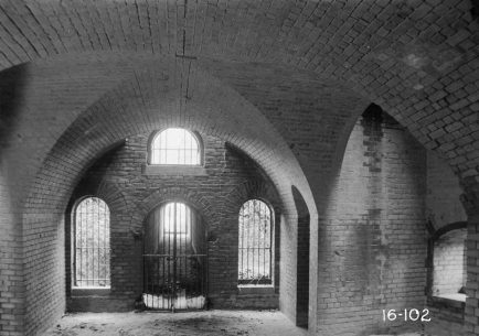 Interior bastion at Fort Gaines, Dauphin Island, March 17, 1934. (Photograph by W.N. Manning, HABS, Library of Congress, Prints and Photographs Division)
