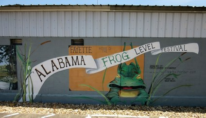 Fayette's smalltown charm makes it an ideal place for events such as the Alabama Frog Level Festival. (City of Fayette)