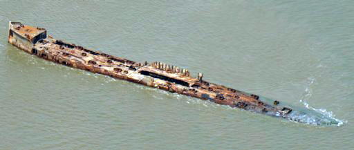 Aerial photograph of the wreck of the SS Selma, 2013. (John Wiley, Wikipedia)