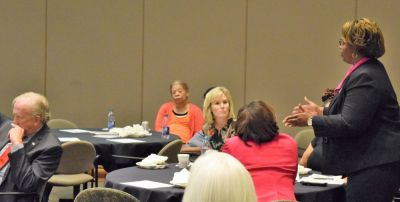 The meeting provided networking opportunities and information sharing among health-care professionals. (Donna Cope/Alabama NewsCenter)