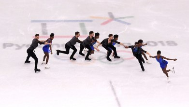 Morgan Ciprès and Vanessa James skate in the 2018 Winter Olympics in Pyeongchang, South Korea. (Harry How/Getty Images)