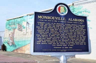 Historic downtown Monroeville is writing its new chapter with its Monroeville Main Street program. (Michael Tomberlin / Alabama NewsCenter)