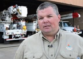 Alabama Power lead lineman John Eldred enjoys the job. (Brittany Faush / Alabama NewsCenter)