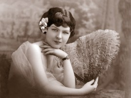 Viola looks ravishing in the height of flapper fashion at Judson College, circa 1922. During her senior year, she met her first husband, Oxford Stroud. (Photograph courtesy of Ruth H. Liddell)