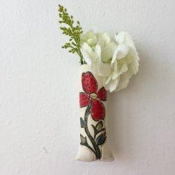 A vase by Lana Hobbs. (Thrive Clay Studio)