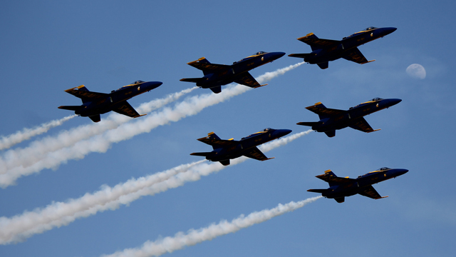 Navy Blue Angels at the Tuscaloosa Air Show, 2015. (Charles Atkeison, Flickr)