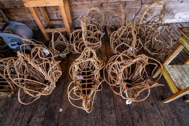 Each basket McCall makes is a little different. (Mark Sandin/Alabama NewsCenter)