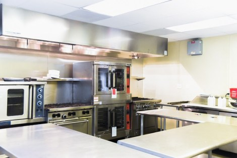The Annex Culinary Incubator provides commercial kitchen space to food trucks in the Birmingham area. (Charlestan Helton / Alabama NewsCenter)