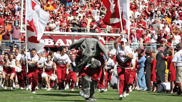 Why is Alabama Crimson Tide's mascot an elephant?