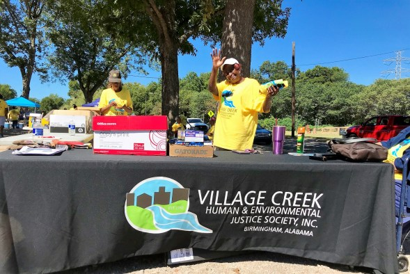 The Renew Our Rivers Village Creek Cleanup has been going strong for 13 years. (Michael Sznajderman / Alabama NewsCenter)