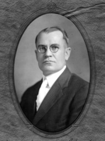 Chauncey Sparks failed in his bid for a second term as Alabama governor in 1950, and closed out his career practicing law in Eufaula, Barbour County. (From Encyclopedia of Alabama, courtesy of Alabama Department of Archives and History)