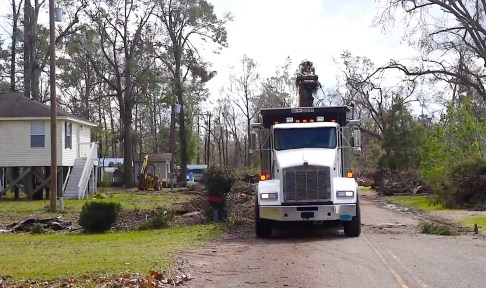 Hurricane Michael did heavy damage in Houston County, and Voluntary Organizations Active in Disaster (VOAD) was ready to help. (Karim Shamsi-Basha/Alabama NewsCenter)
