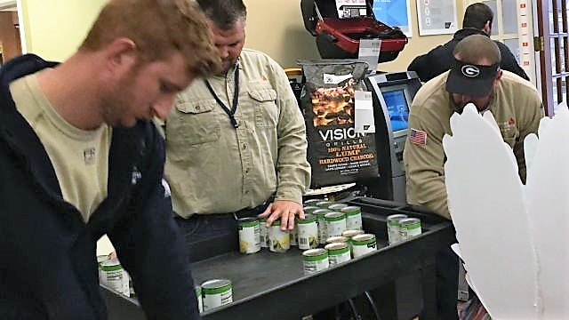 Alabama Power crews, APSO help Christian Service Center Food Bank