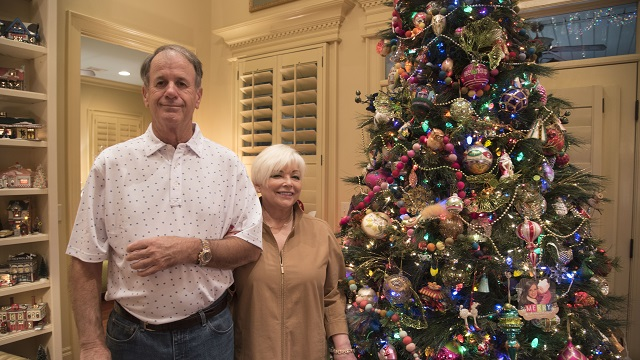 Cherishable Items: Alabama collectors deck the halls in Christmas spirit
