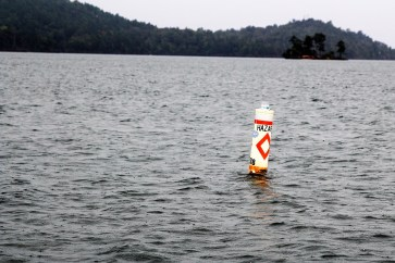 A buoy with a light attached by the Lake Martin Resource Association. (Justin Averette/Shorelines)