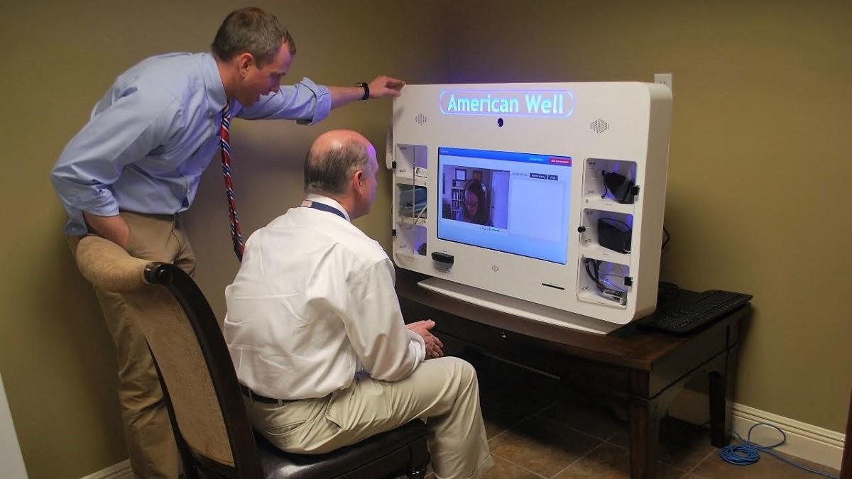 Samford alumnus introduces first telemedicine kiosk in an Alabama pharmacy
