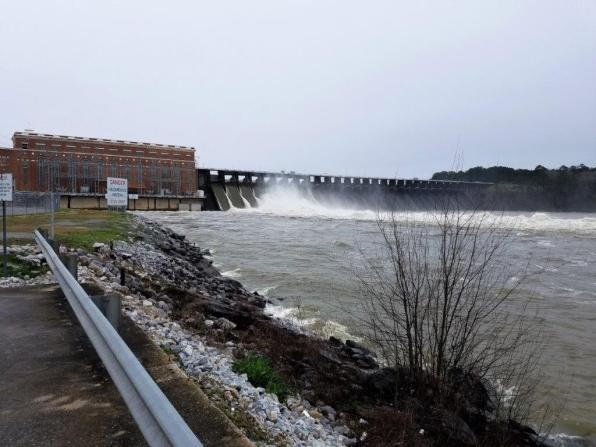 Lay Lake Dam is releasing excessive water from heavy rains. (Alabama NewsCenter)