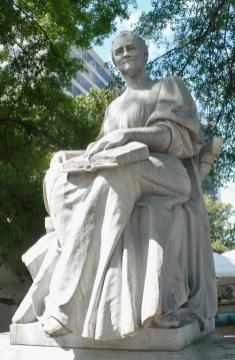 The Mary Cahalan statue in Linn Park, 2011. (Bhamwiki)