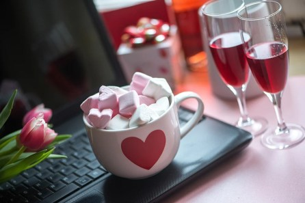 Make your heart smile a thousand times with Valentine's day treats. (Getty Images)